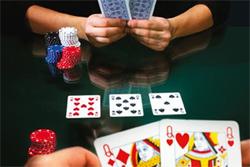 Jeden na jednego w pokerze – jak grać Heads-up?